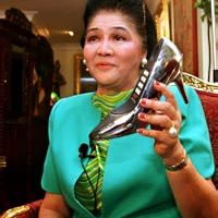 Imelda Marcos at the Sapatos Festival Walk of Fame rites